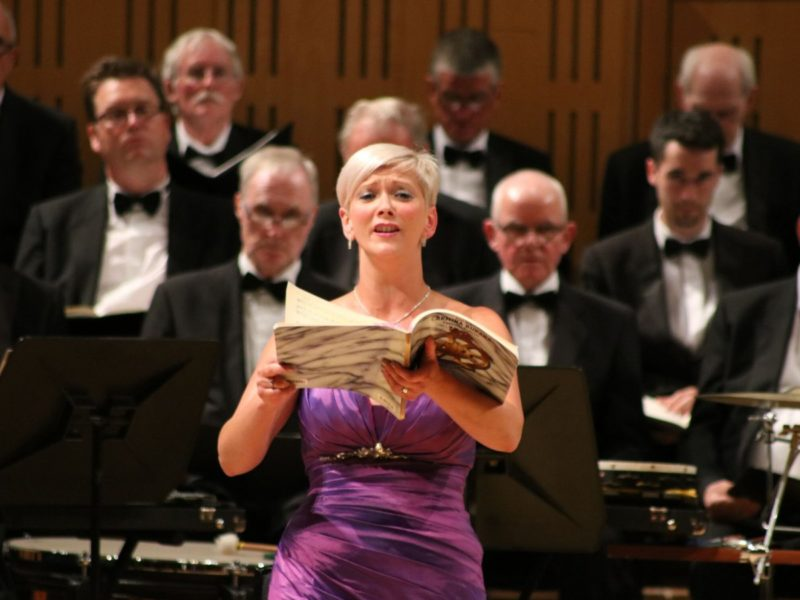 Emma Morwood with choir & orchestra
